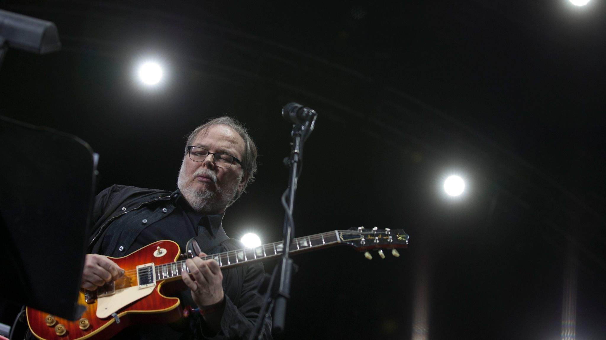 http://www.latimes.com/entertainment/la-et-ms-walter-becker-steely-dan-archive-interview-20170903-story.html