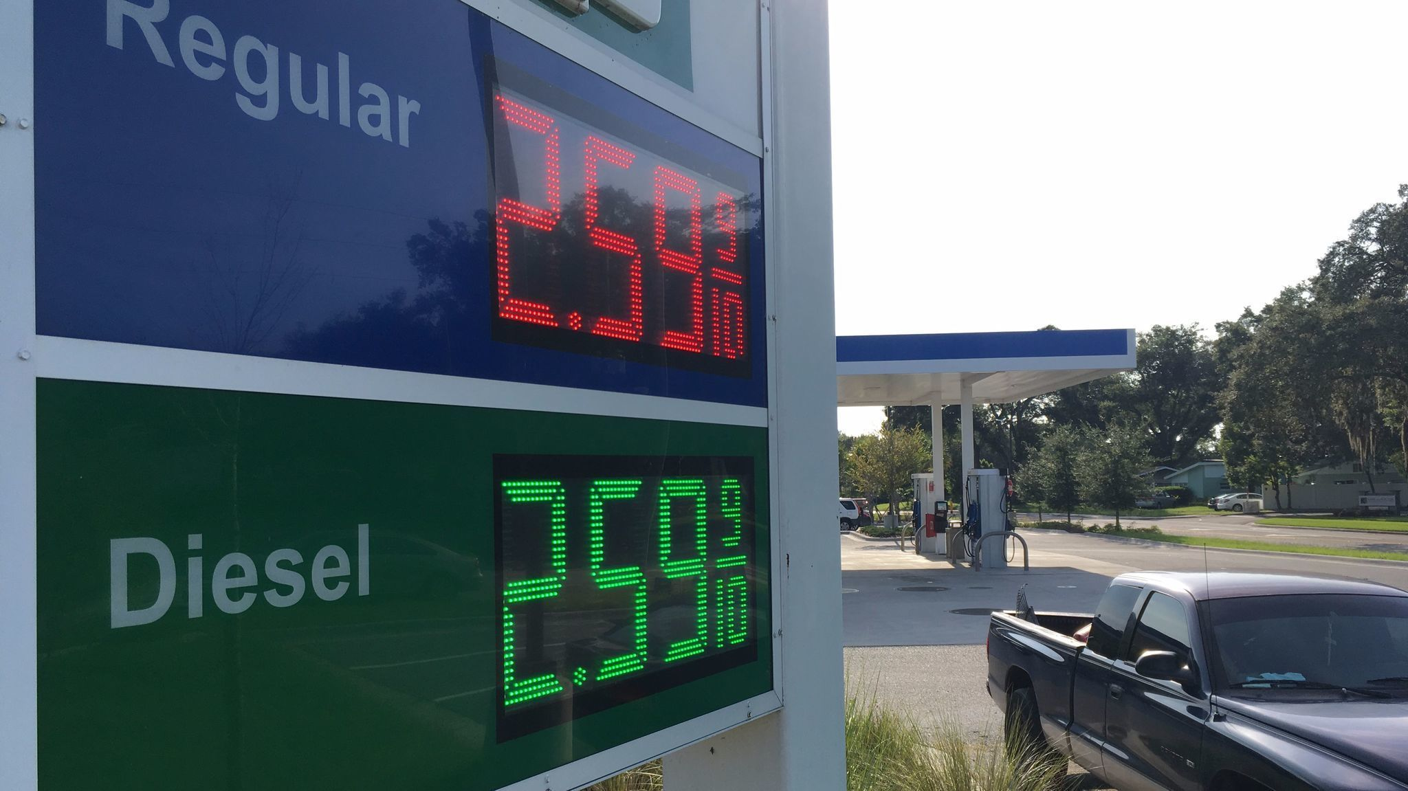 harvey s wrath sends gas prices soaring in central florida orlando sentinel