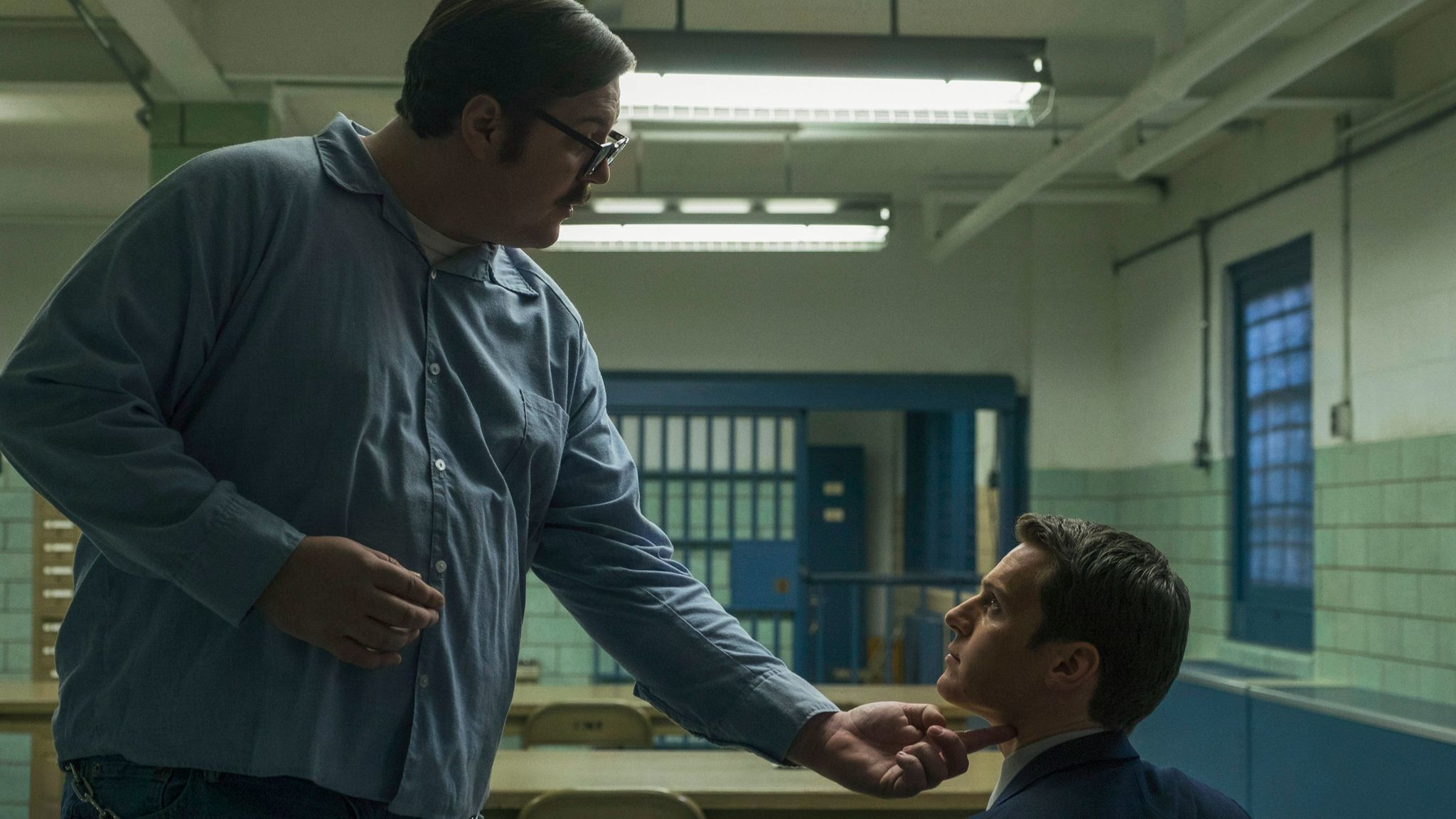 "Cameron Britton and Jonathan Groff in ""Mindhunter."""