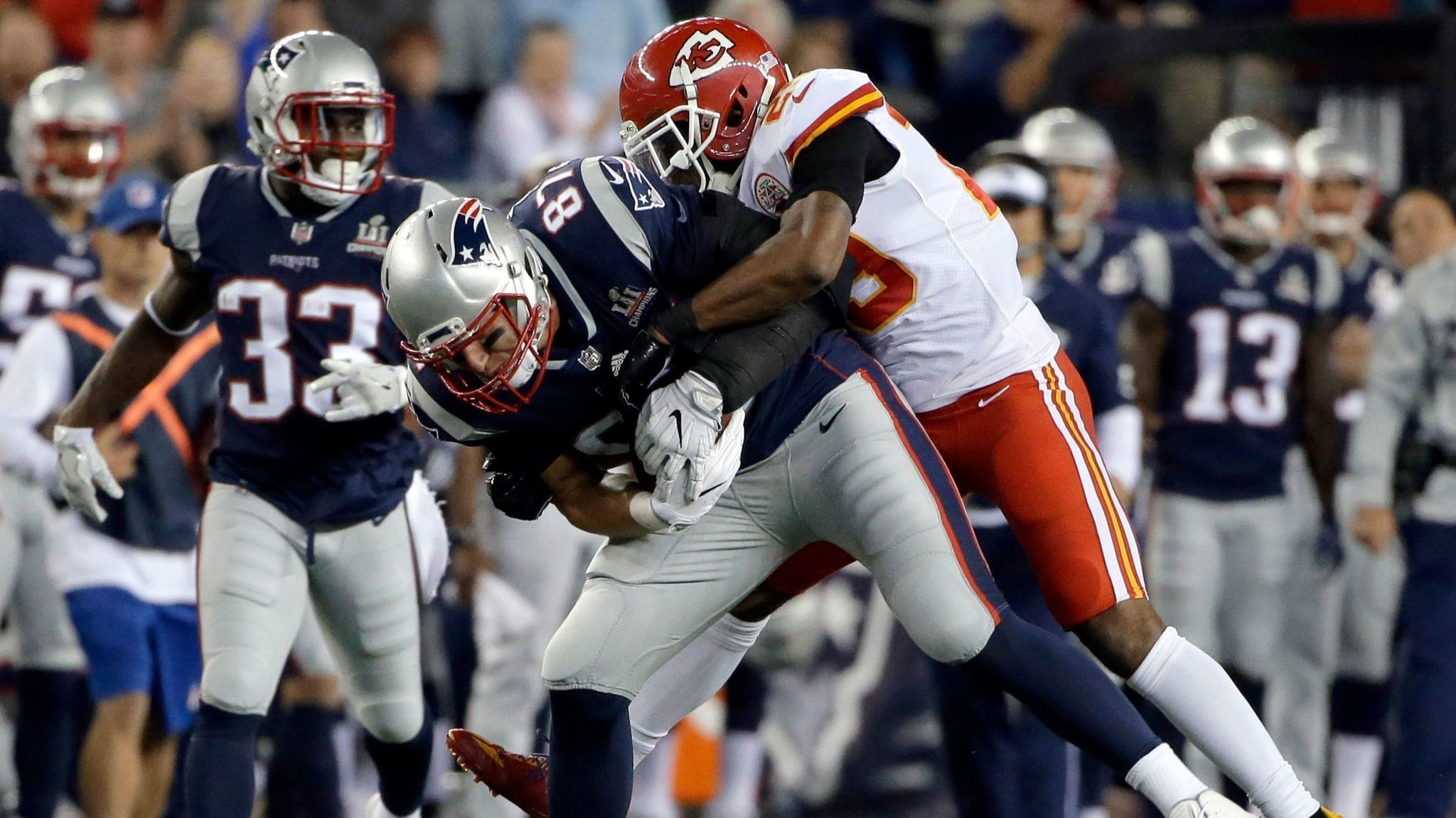 Eric Berry leaves game with Achilles injury but no definitive