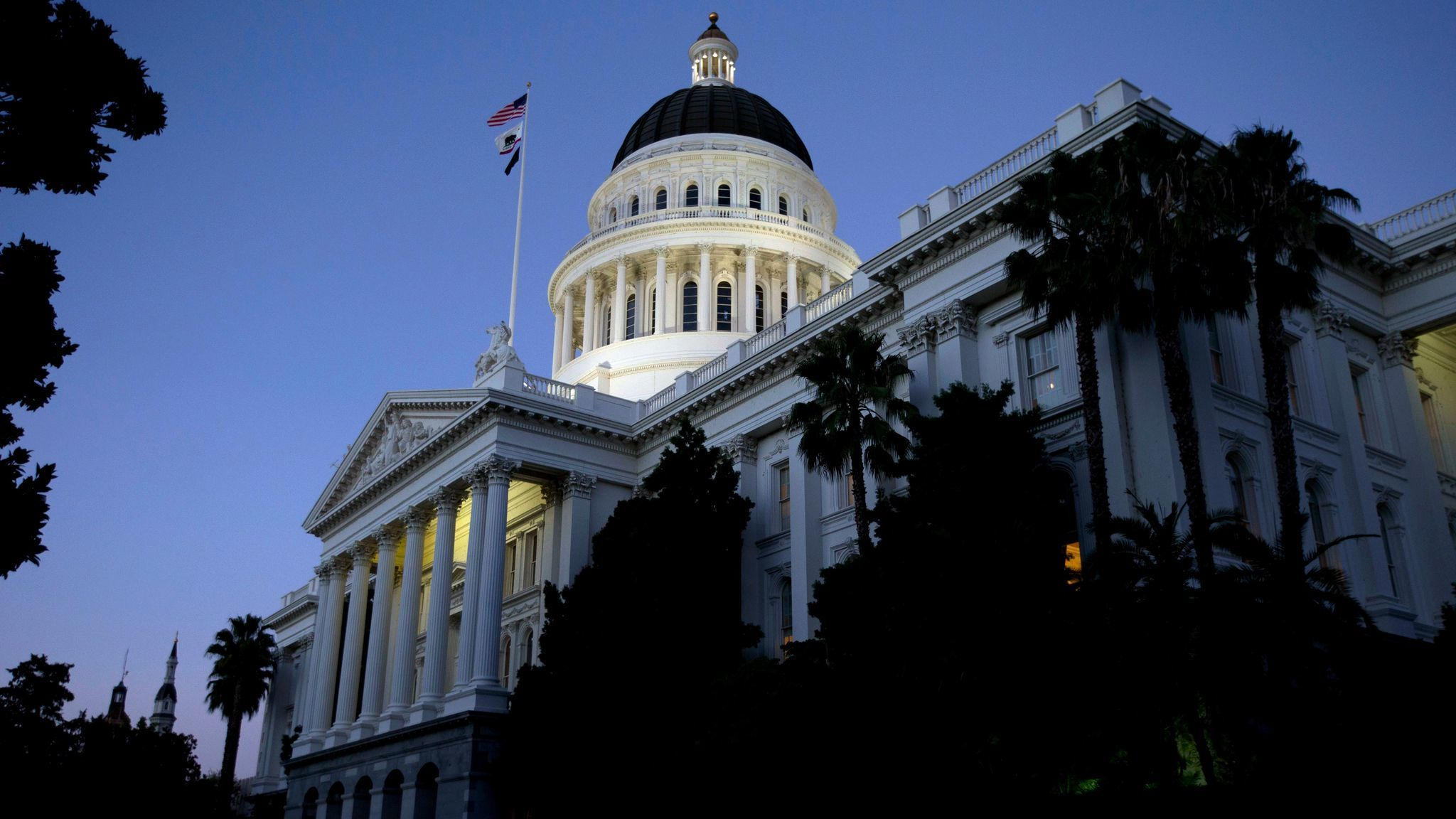 The state Capitol in Sacramento. (Rich Pedroncelli / Associated Press)