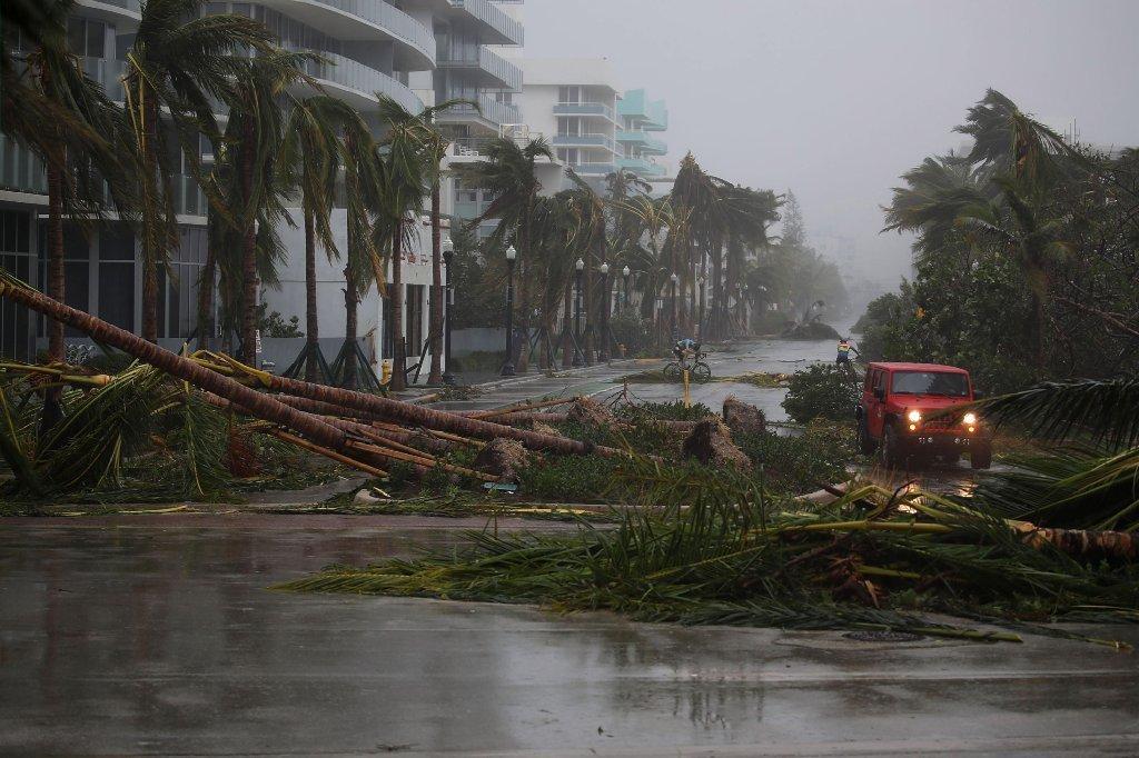 Huracán Irma se debilita a tormenta tropical - El Sentinel