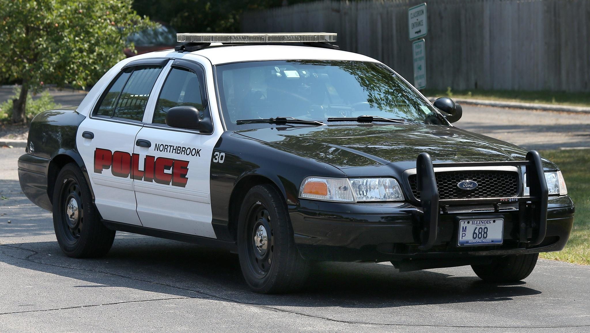 Northbrook Police Office Worker Reports Knife Point