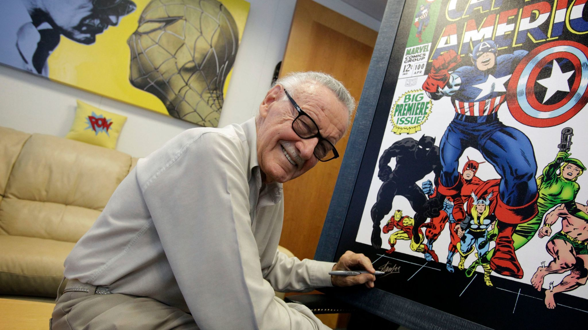 Comic-book legend Stan Lee, co-creator of Spider-Man and Marvel heroes, dies at 95 | Los Angeles Times