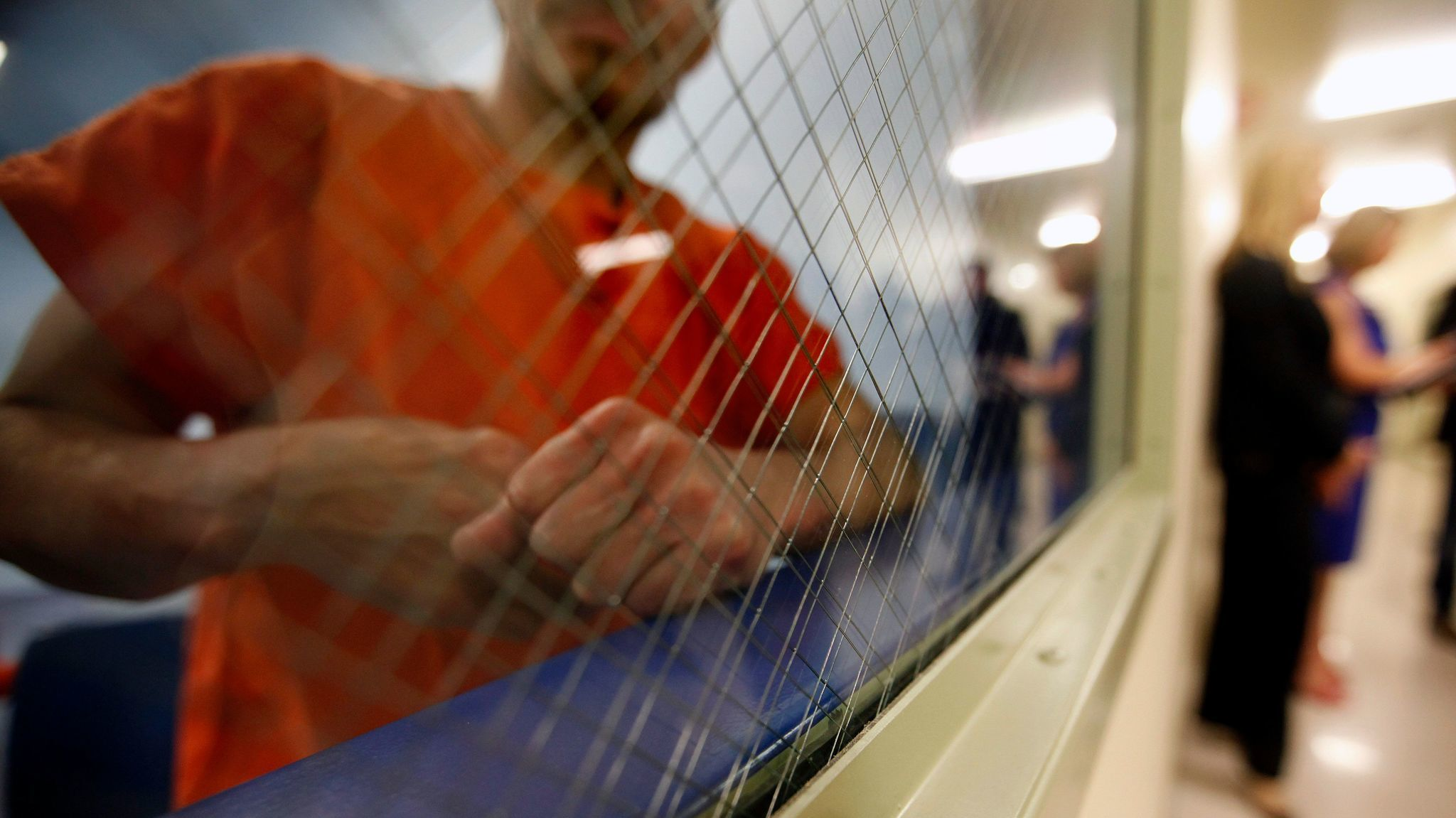 U.S. may withhold names of former immigration jail ...