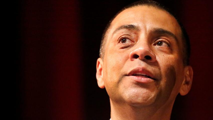 Ref Rodriguez: To vote or not to vote. (Al Seib / Los Angeles Times)