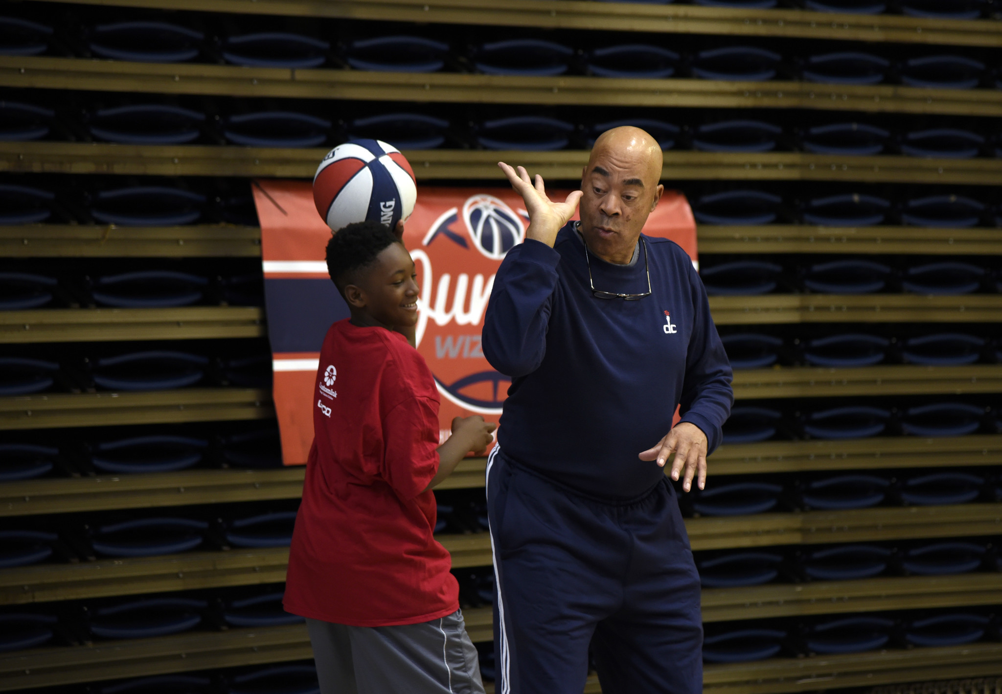 Digest Sept 14 Wizards retiring Phil Chenier s number