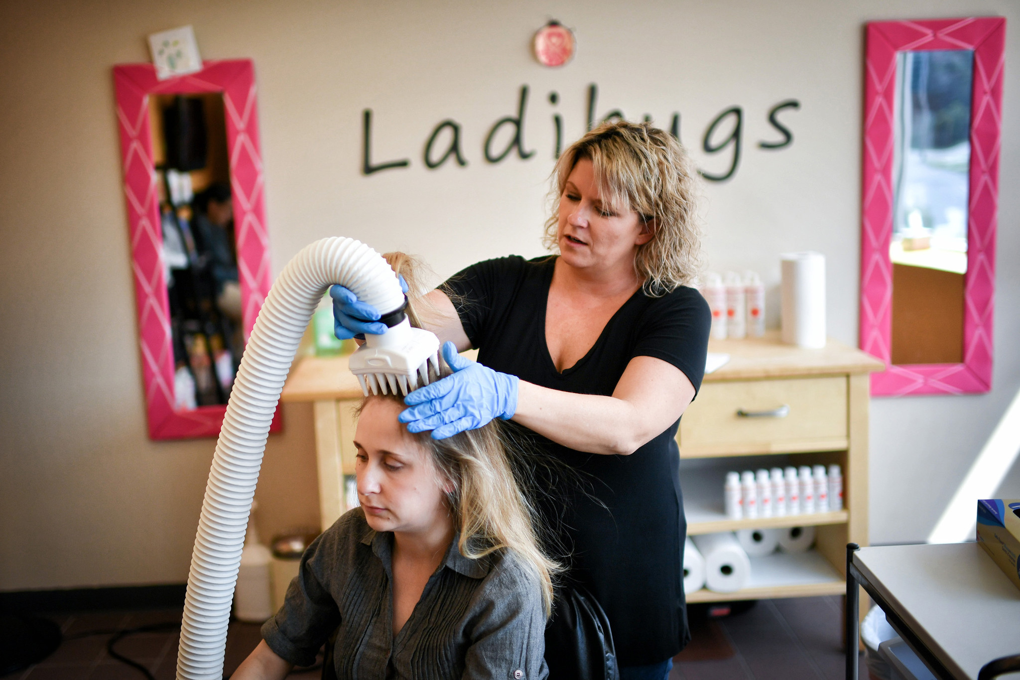 Hot Air The Newest Way To Treat Lice Catches On Chicago Tribune