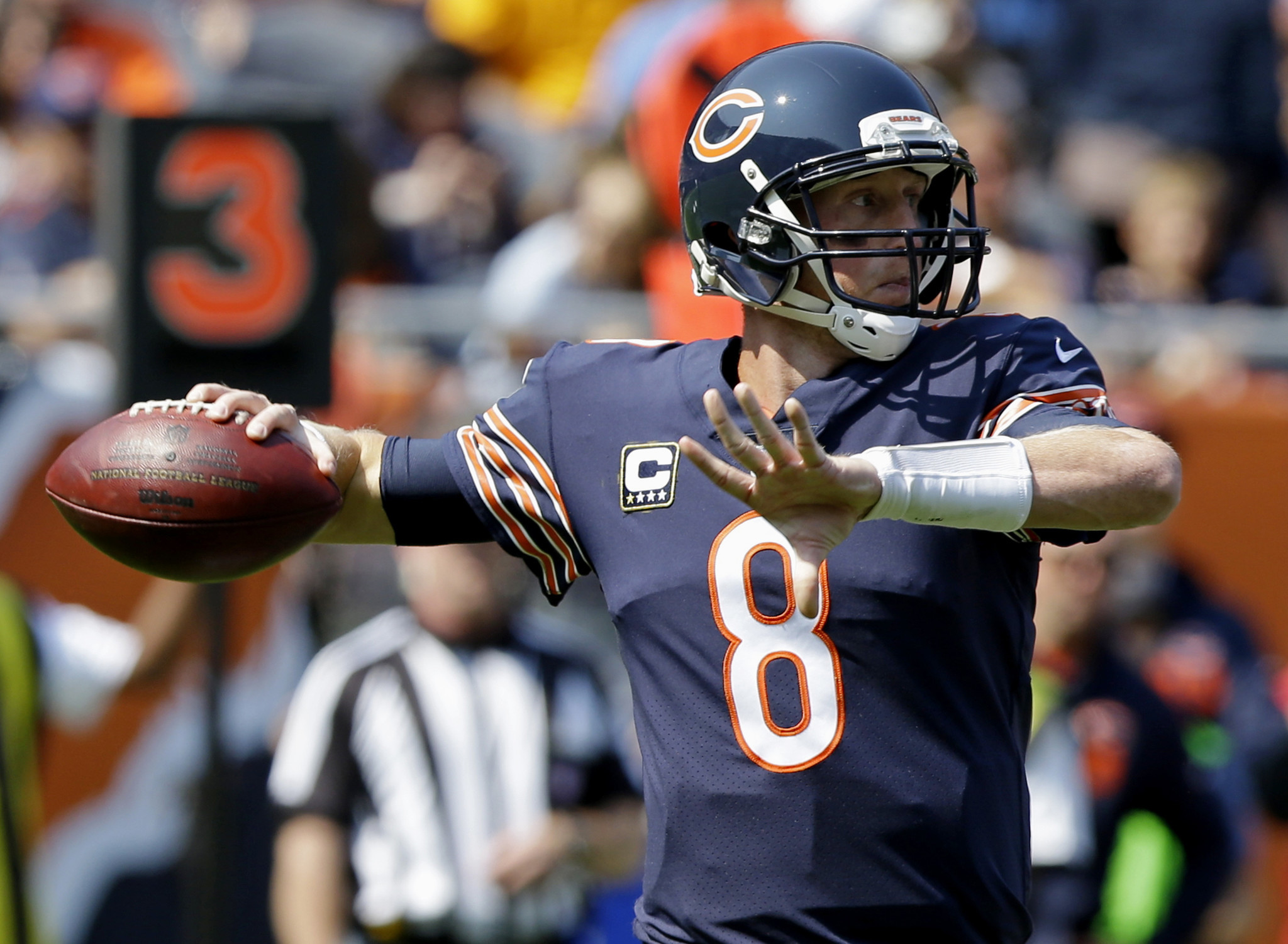 Chicago Bears quarterback Mike Glennon throws during the first half of a game against the Atlanta Falcons on Sept. 10. (Michael Conroy / Associated Press)