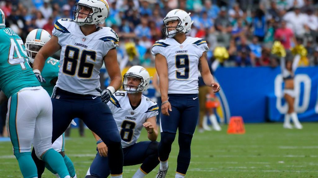 Sd-sp-chargers-dolphins-opener-carson-20170917