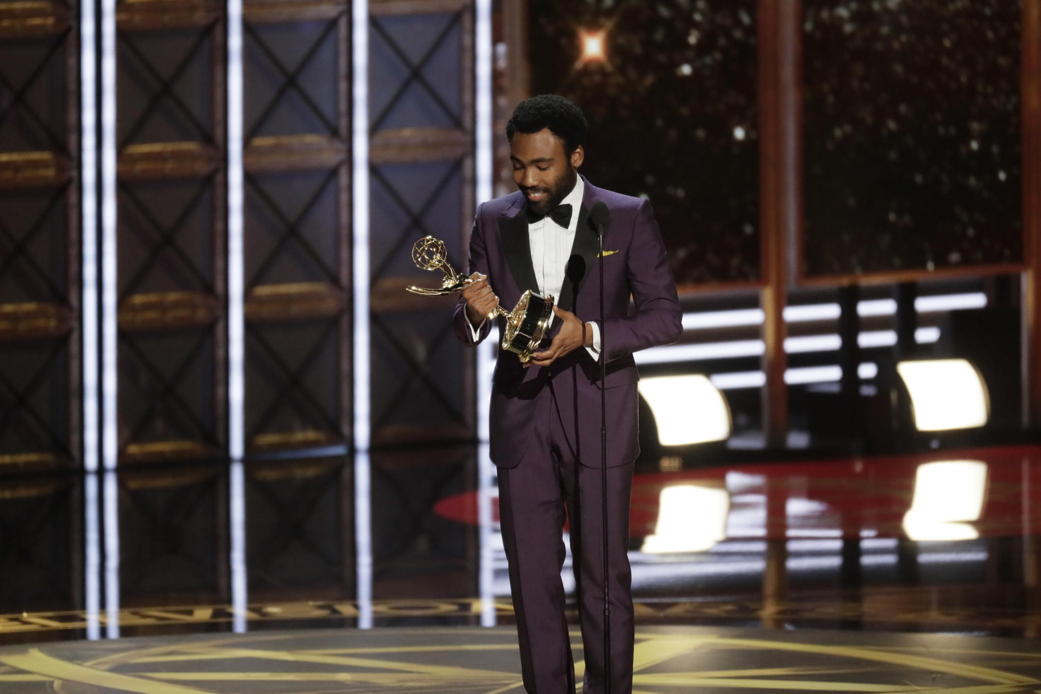 Donald Glover Wins Emmy For Lead Actor In A Comedy La Times