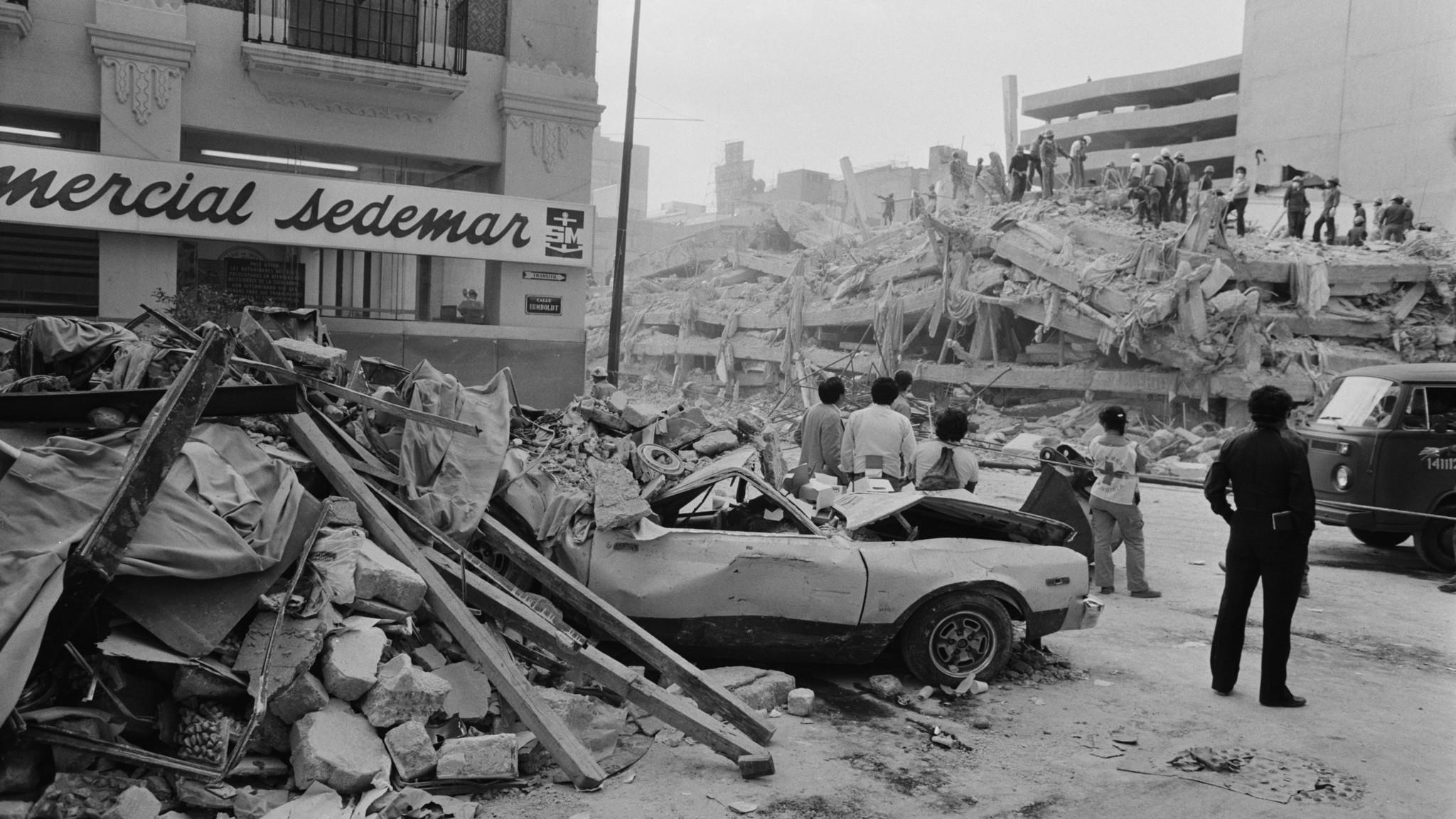 1985 Mexico City earthquake - LA Times