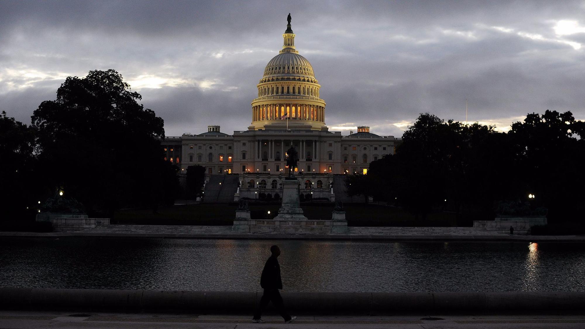 FILES-US-WEATHER-STORM-POLITICS-AID