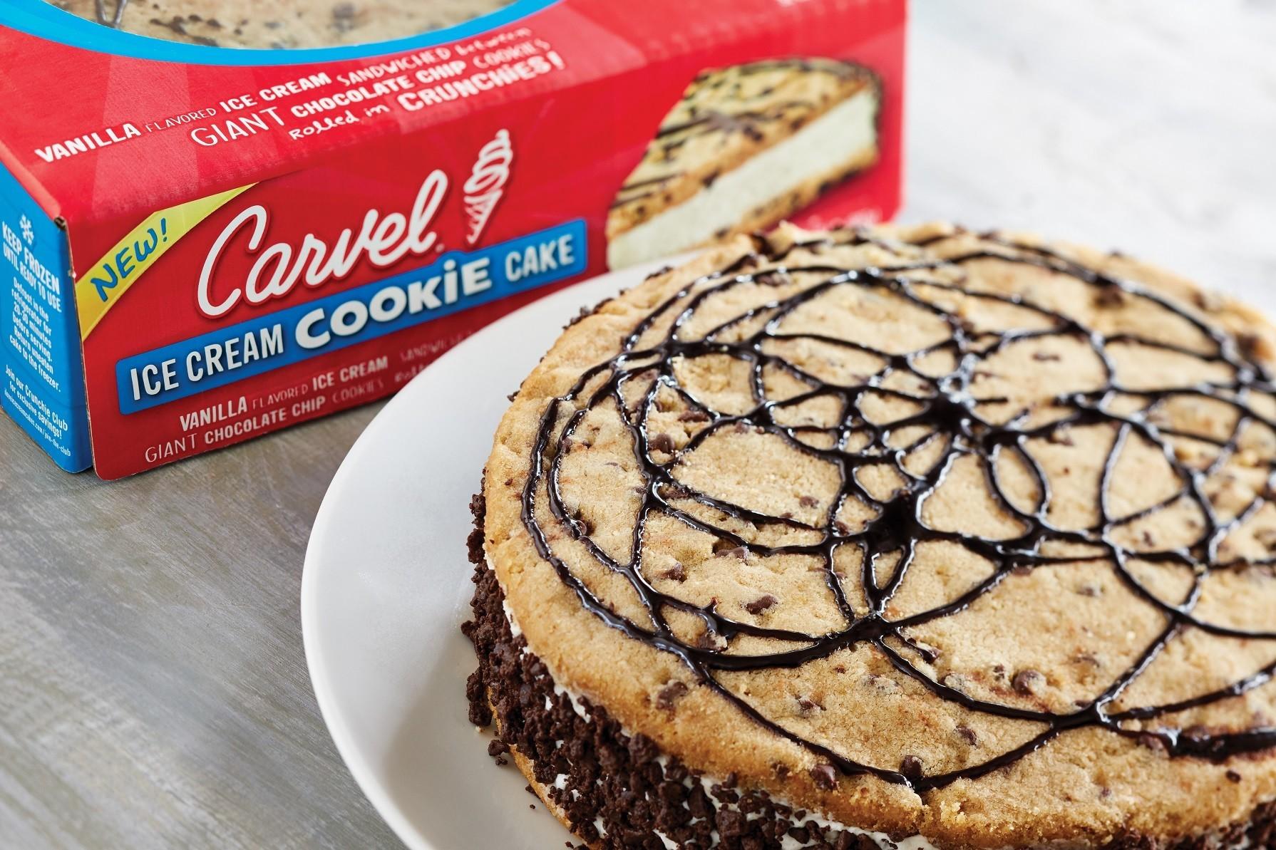 Carvels Giant Ice Cream Cookie Sandwich Is The Ultimate Party Cake