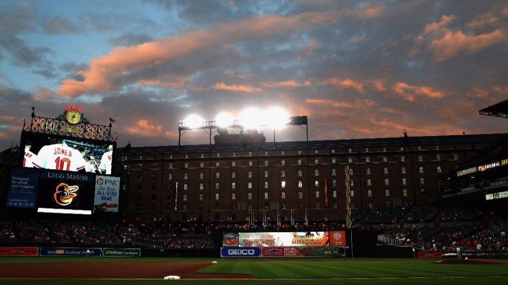 Bs-sp-orioles-on-deck-red-sox-0920