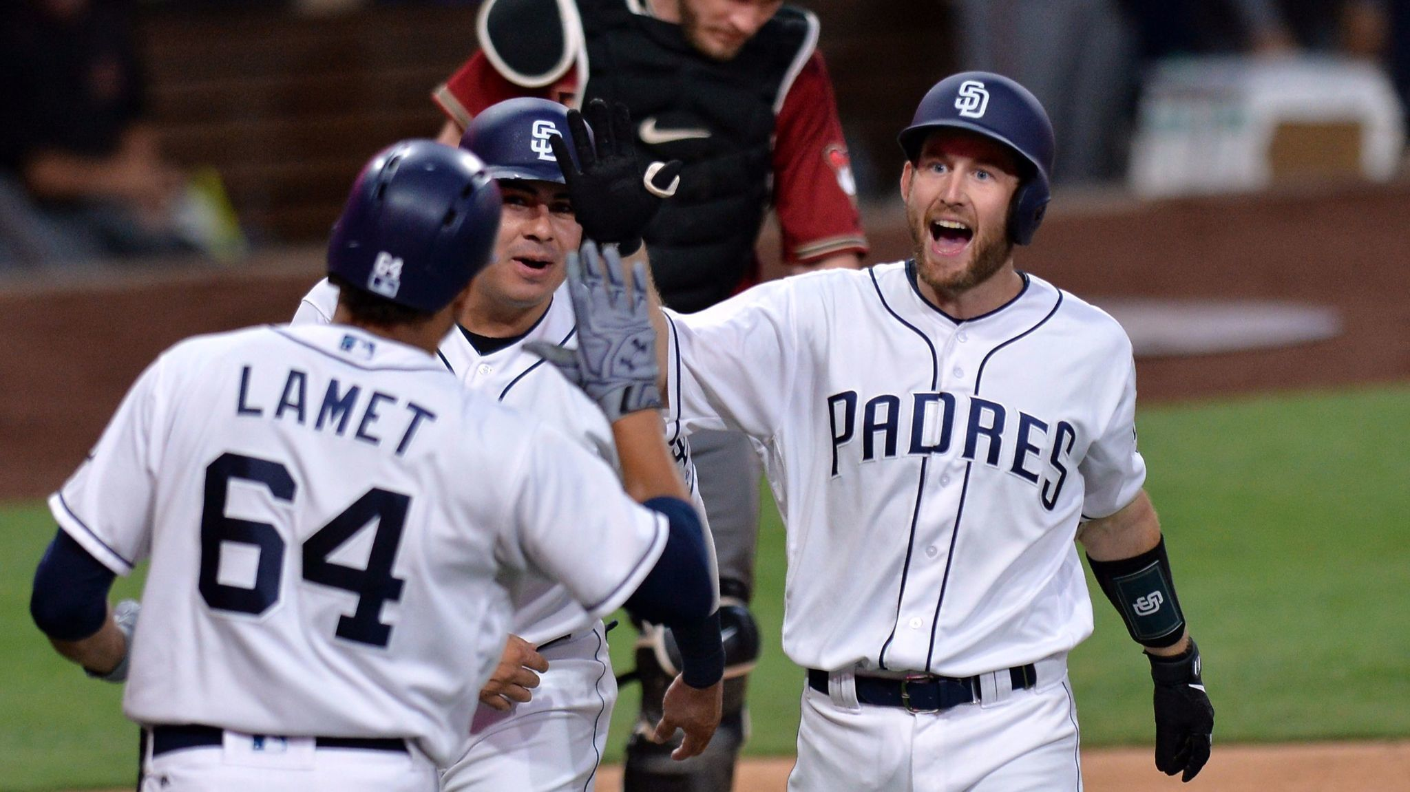 Sd-sp-padres-first-pitch-rocky-gale-20170920