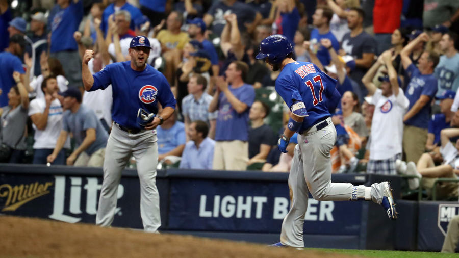 Cubs 5, Brewers 3 (10 innings)
