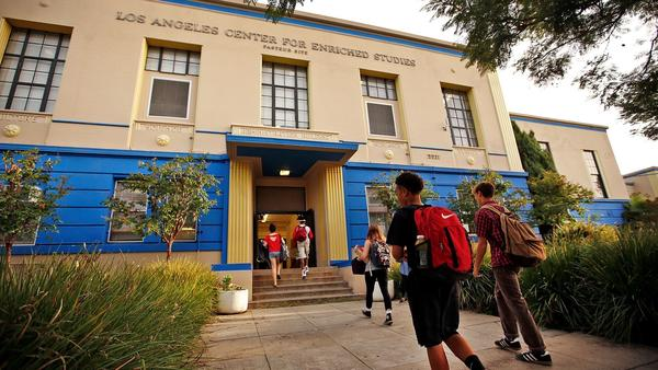 These 10 L.A. high schools are the best at getting their graduates to college