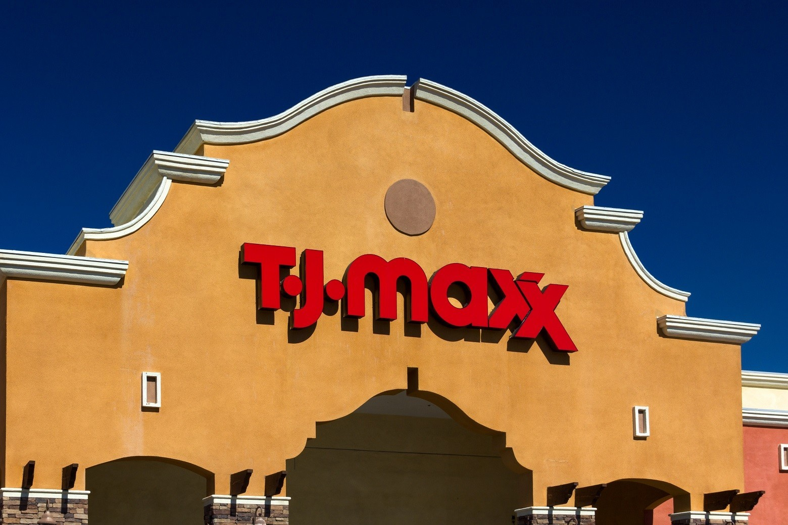 Budget brides rejoice tj maxx launched a wedding section for Tj maxx wedding guest dresses