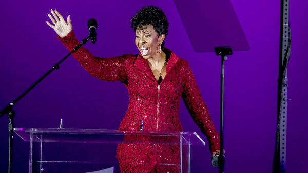 Saturday's TV highlights and weekend talk shows: Gladys Knight in 'Oprah's Master Class'