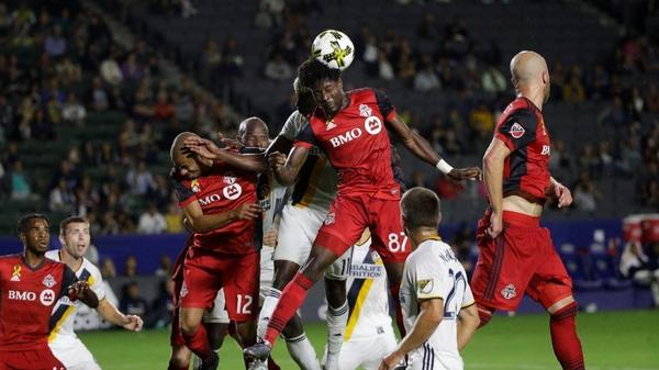 Players alone aren't responsible for Galaxy's disastrous season