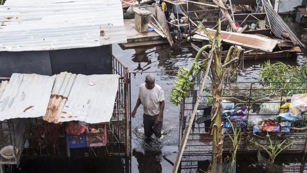 Broken dam deepens powerless Puerto Rico's storm crisis