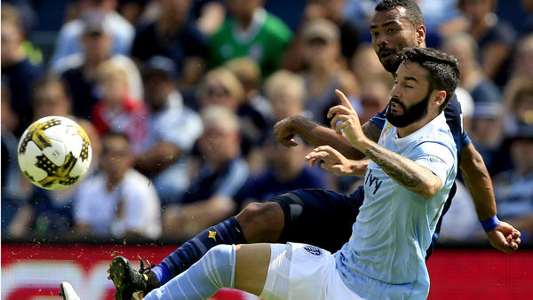 Galaxy drop another road game, 2-1 to Sporting Kansas City