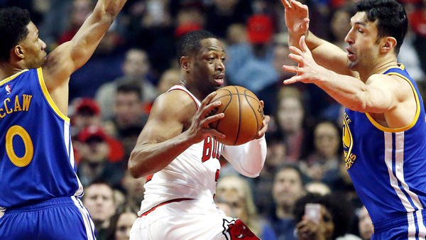 Dwyane Wade agrees to buyout with Chicago Bulls