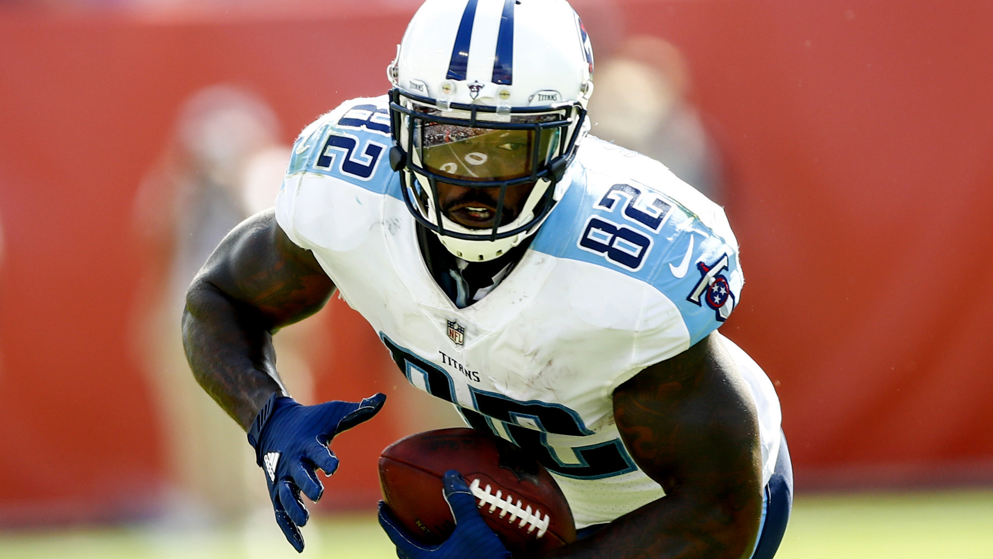 NFL notes League looking into threats against Delanie