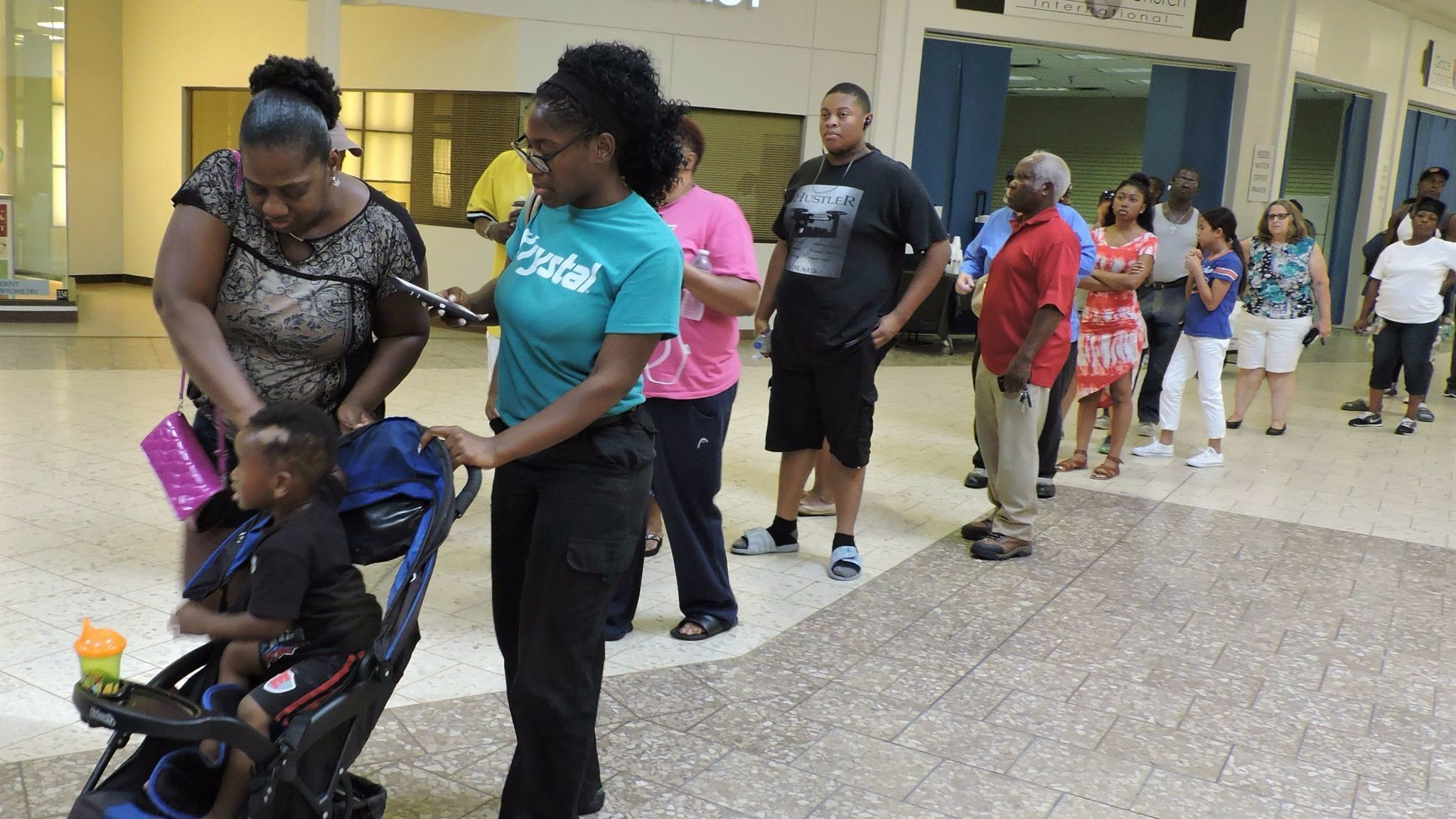 More than 8000 stand in line for emergency food assistance from more than 8000 stand in line for emergency food assistance from hurricane irma losses orlando sentinel ccuart Image collections