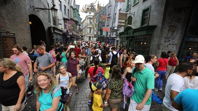 Universal names first guests for next Celebration of Harry Potter