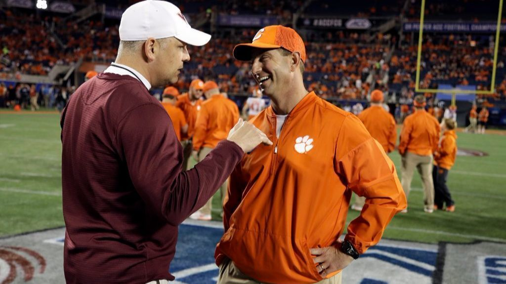 NCAA FOOTBALL TV SCHEDULE: Defending national champs in ...