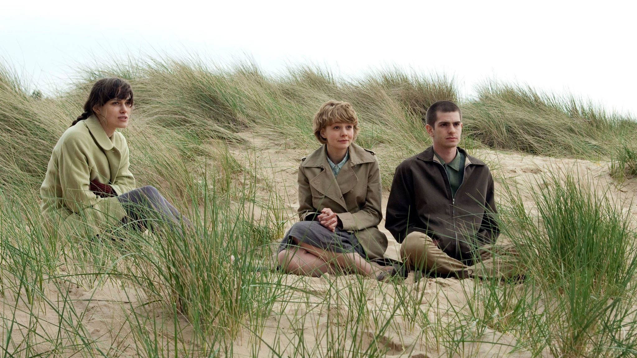 L-R: Keira Knightley, Carey Mulligan and Andrew Garfield in the movie 'Never Let Me Go.' (Alex Bailey / Fox Searchlight)
