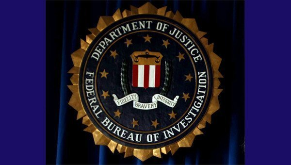 dating someone in fbi When the fbi needed a plan to make their clueless, text-happy young agents better at interviews, they introduced them to one of the bureau's veteran behavior analysts — the guy who knew all.