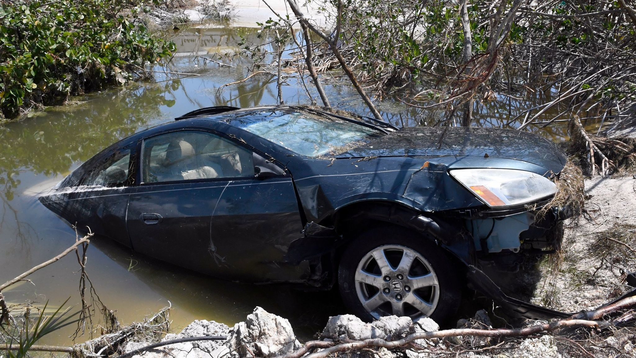 Flood-damaged cars are coming to market. Here\'s how to avoid them ...