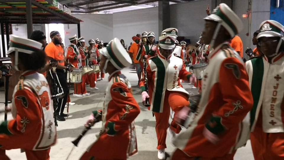 Jones HS Marching Tigers enter Camping World Stadium - Hoy