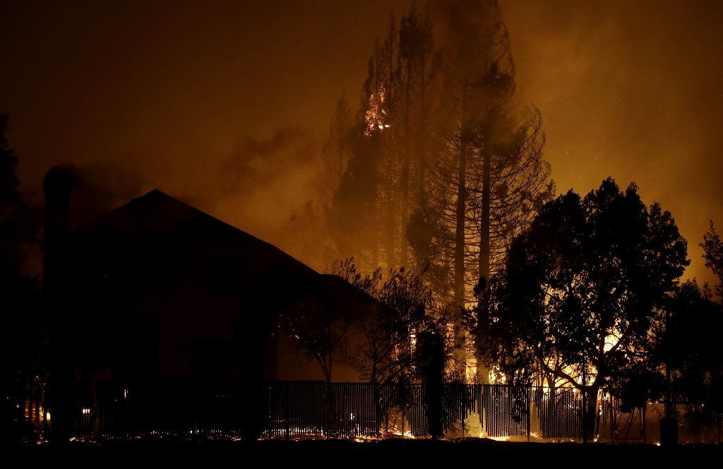 Wildfires tear through California wine country; 20000 evacuated