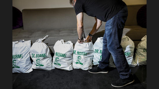 LOS ANGELES, CA--MONDAY, OCTOBER 02, 2017--Jeff Koz, is photographed with bags of orders ready for d