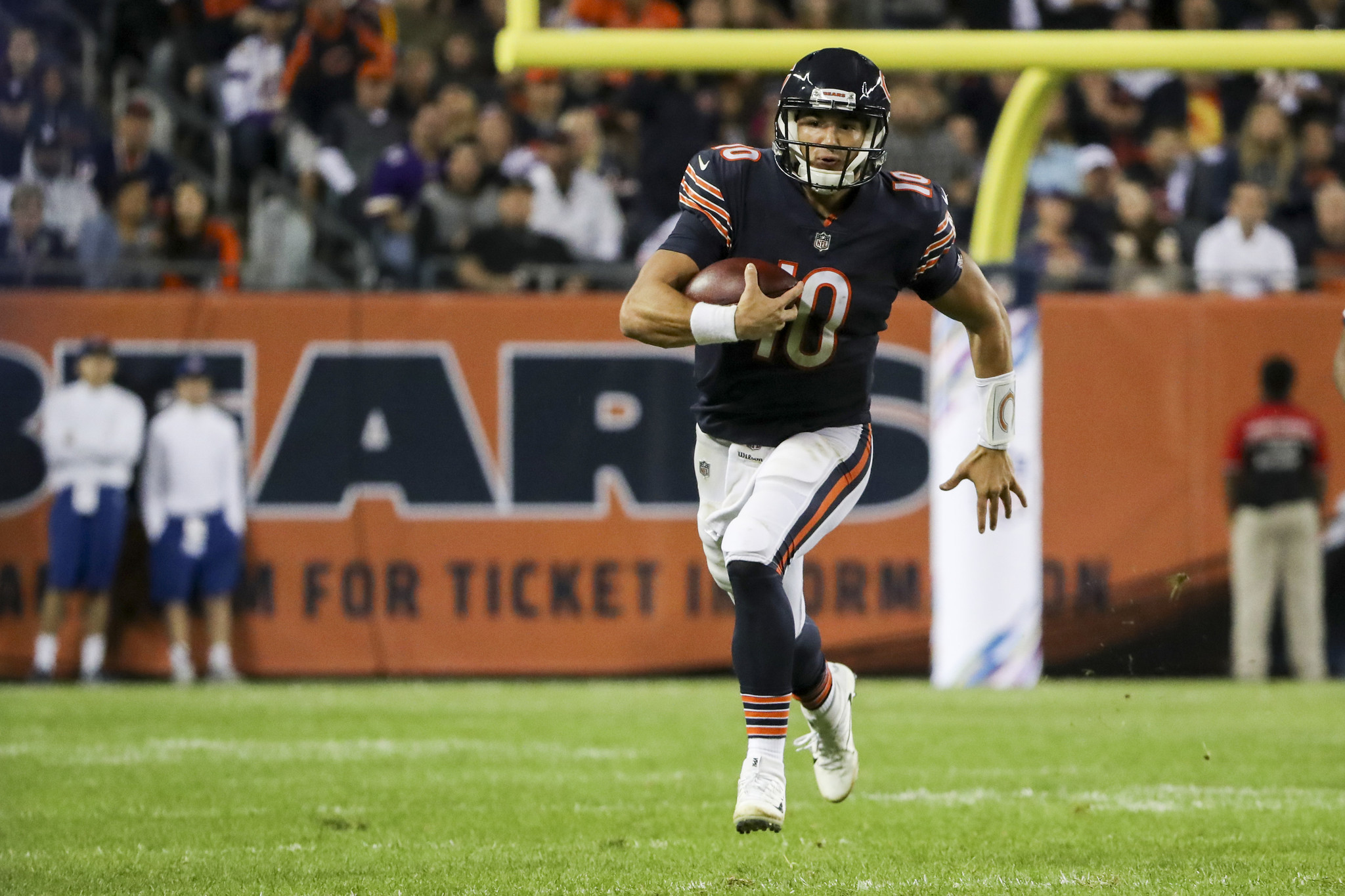 Ct-mitch-trubisky-bears-vikings-10-thoughts-biggs-20171010