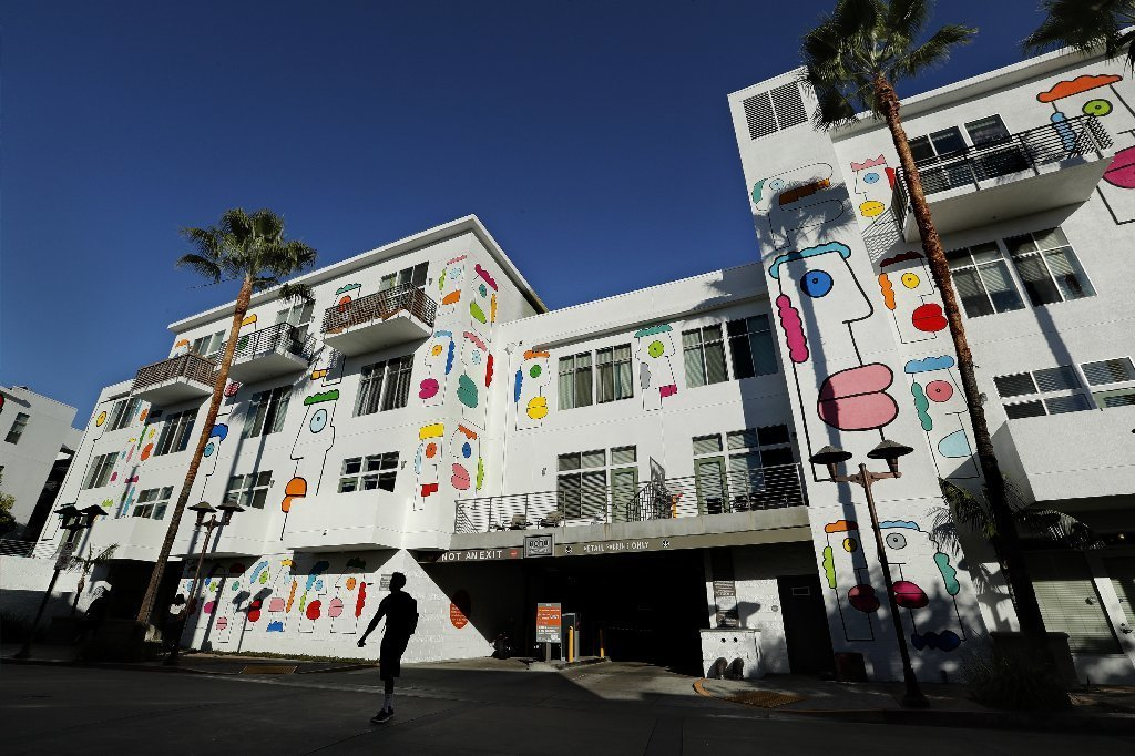 "Artist Thierry Noir's ""Freedom Boulevard"" on the Lofts at NoHo Commons in North Hollywood."