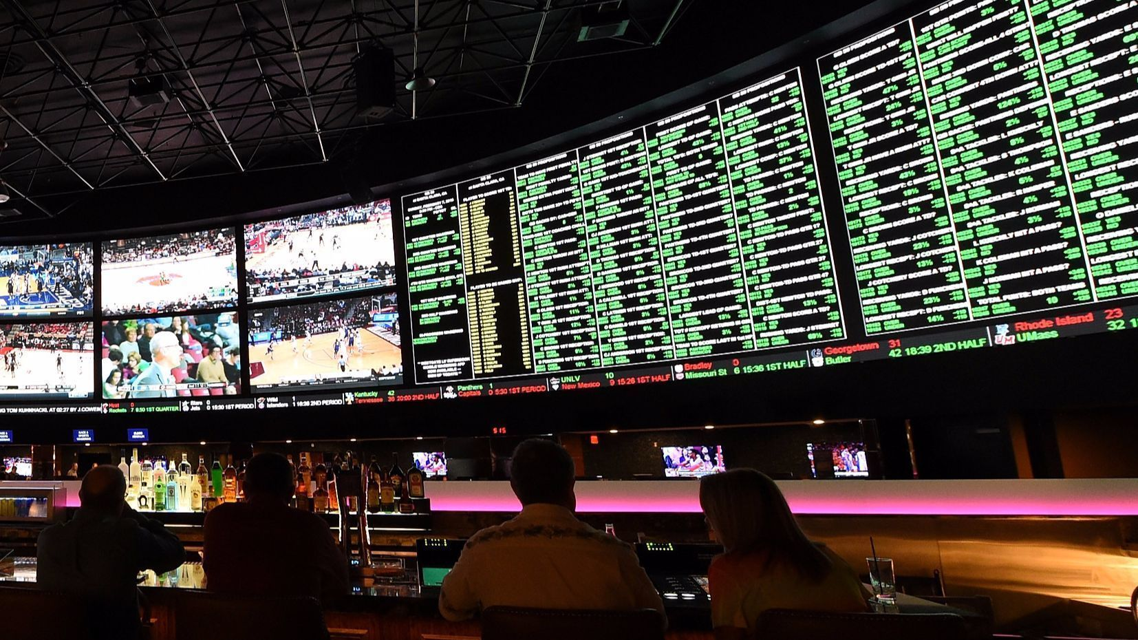 Cons of legalizing sports gambling