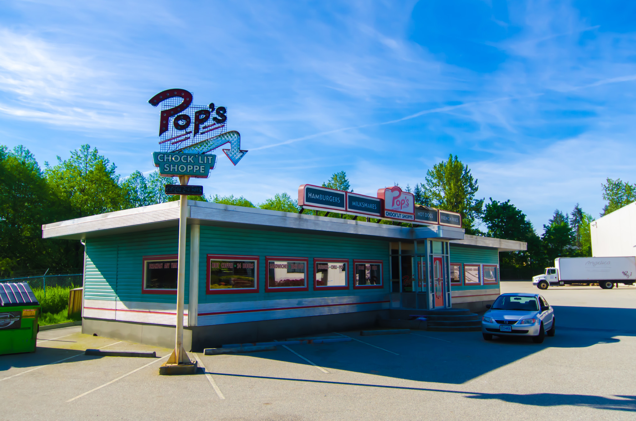 Riverdale S Pop S Chocklit Shoppe Diners Are Opening Around Canada For 2 Days Only Baltimore Sun
