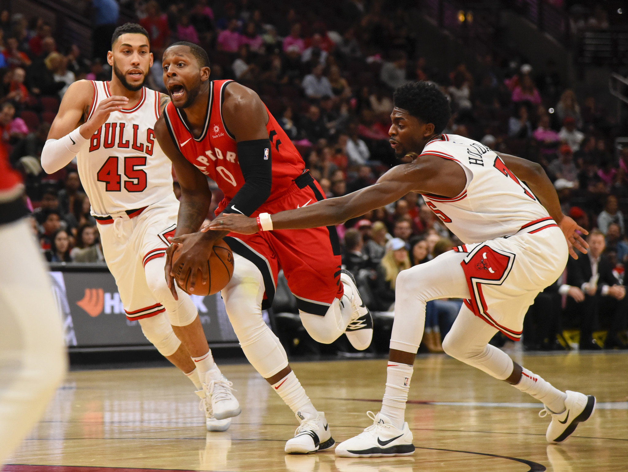 Ct-preseason-bulls-vs-raptors-photos-20171013