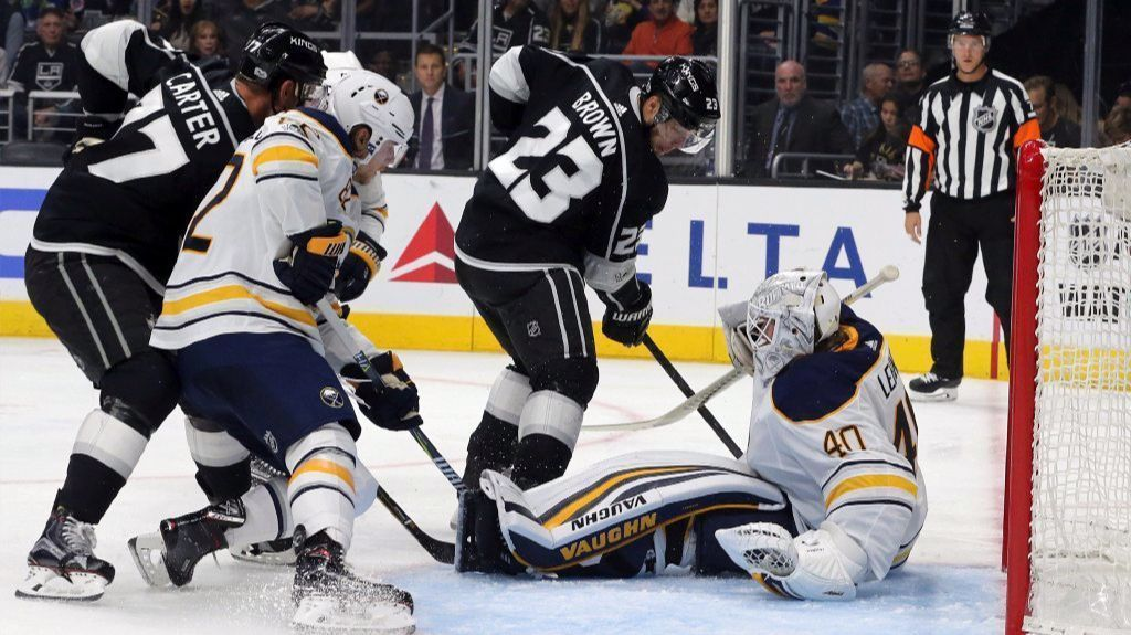 La-sp-kings-sabres-20171014