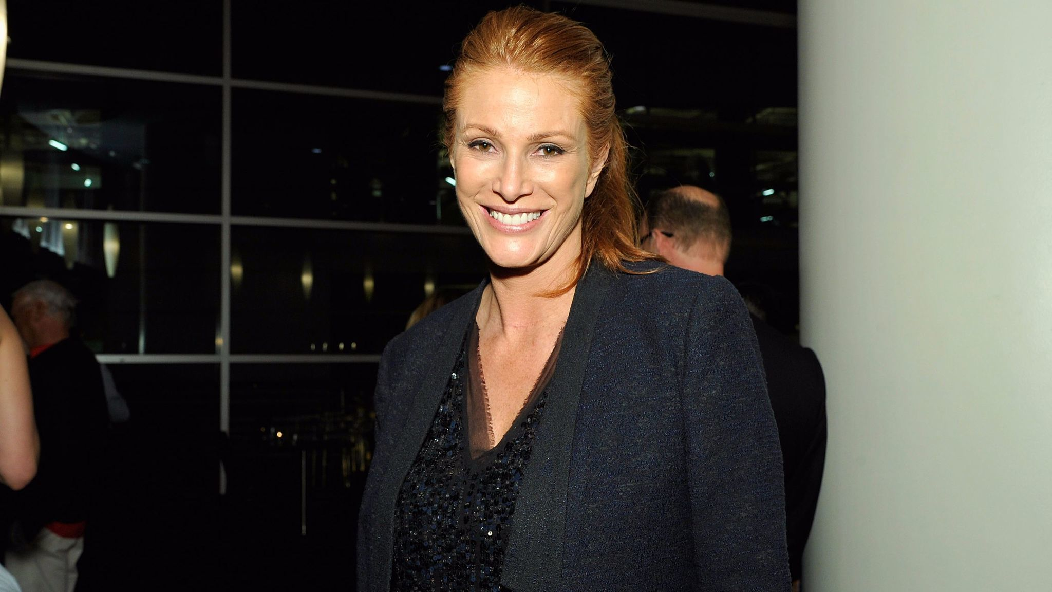 Angie Everhart.