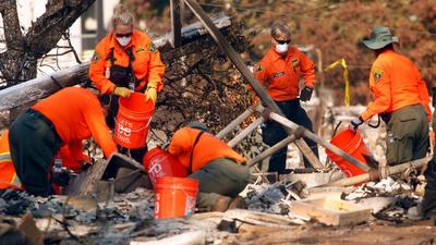 Firefighters continue to gain ground on deadly Northern California blazes