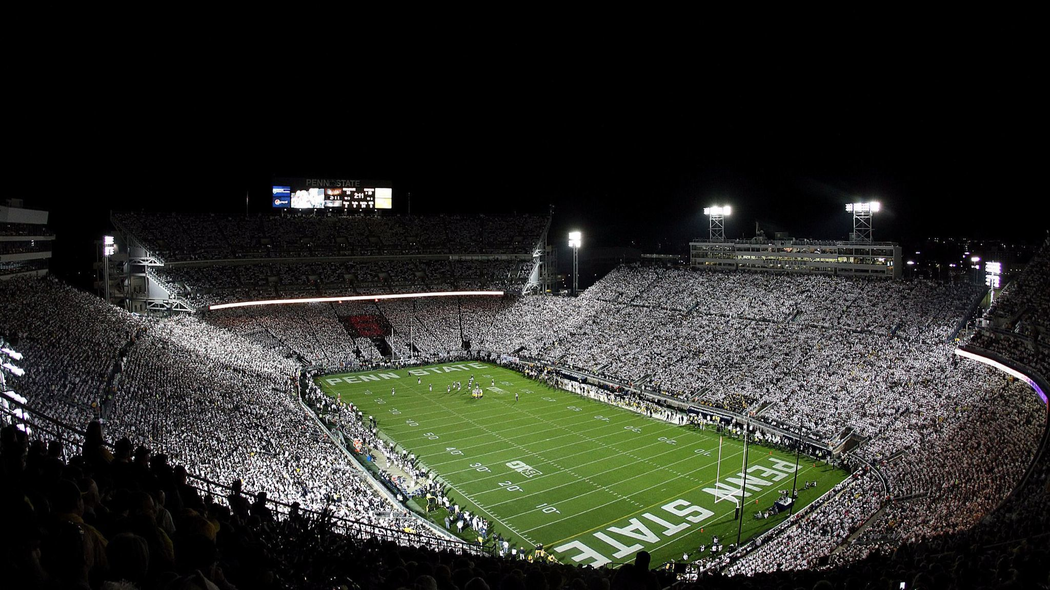 'The only thing I like more than Christmas is a White Out ...