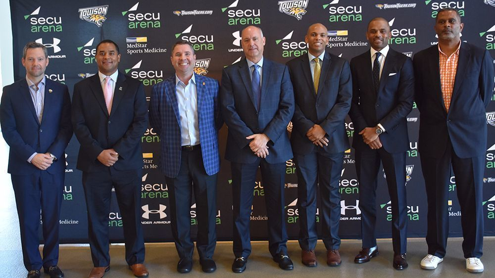 Bs-sp-baltimore-college-basketball-media-day-20171017