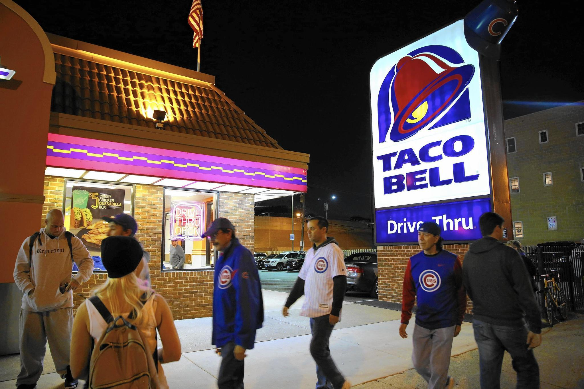Fans regretful about upcoming demise of Wrigleyville Taco Bell