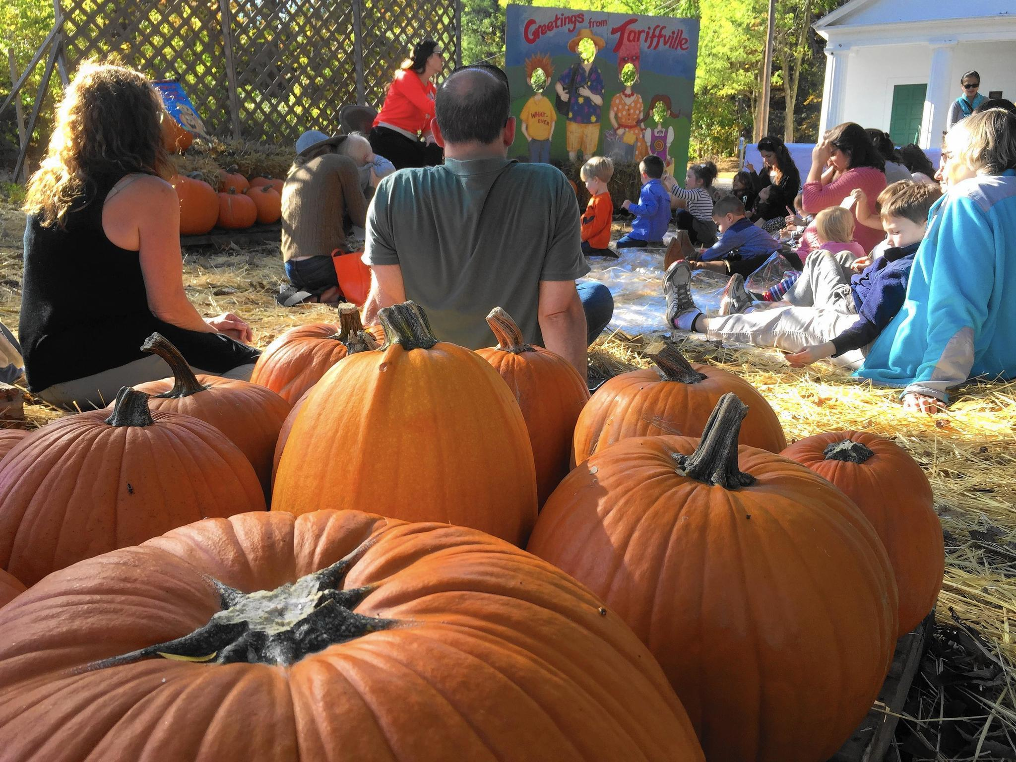 what to do with the kids this weekend pumpkin fests pirates and